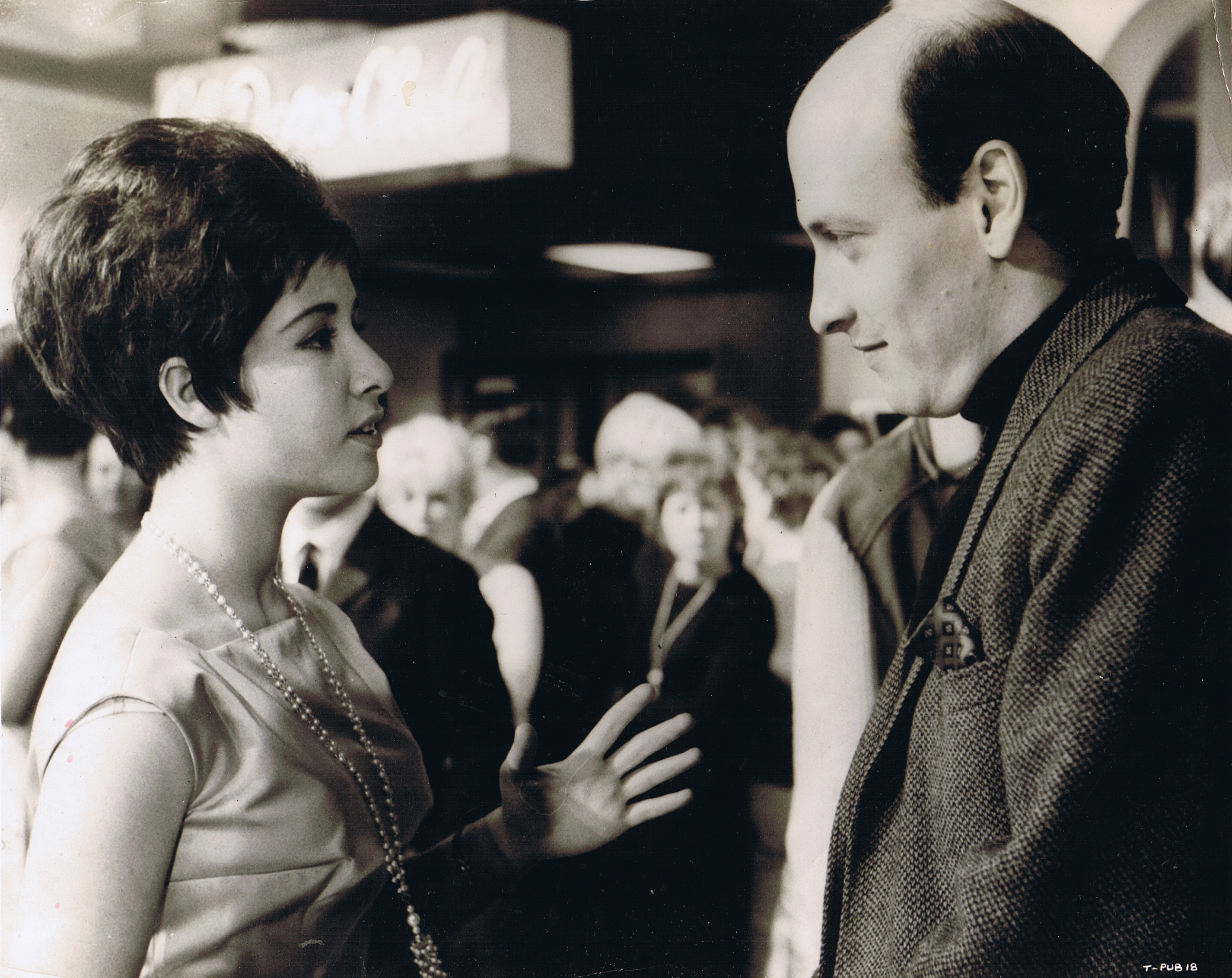 Helen discusses a scene with the film's director, Dick Lester.